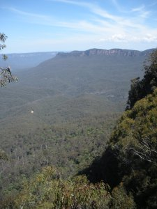 Here's the Blue Mountains again, looking nondescript.