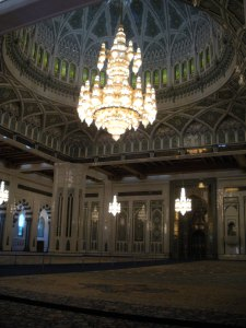 Christians and Muslims both give good architecture-majesty. Hindus gotta up their game, ya heard.