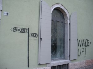 You gawk in Italy too, but its at the bilingual, erudite graffiti