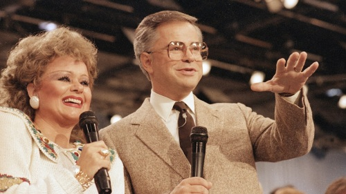 Jim and Tammy Faye.jpg